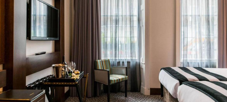 Park Avenue Hotel